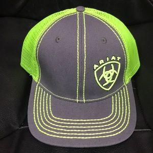 Ariat snap back cap. New no tags.